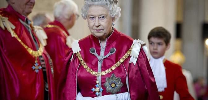 Служба в армии, конфликт с отцом из-за Филиппа: главные мгновения из жизни королевы Елизаветы II