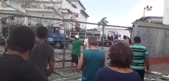 В Бразилии на заводе по упаковке кислорода произошел взрыв: видео