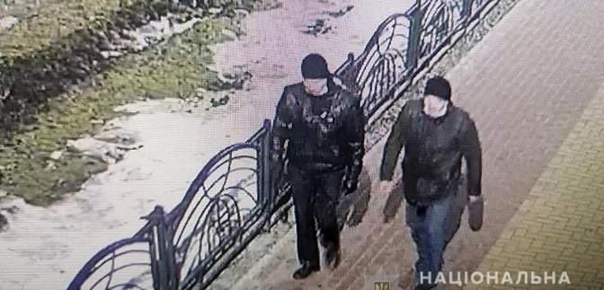 До 12 лет тюрьмы: в Киеве будут судить братьев, которые напали на хлебный киоск – фото
