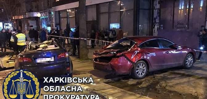В Харькове Lexus протаранил авто копов и Mazda: двум водителям сообщили о подозрении