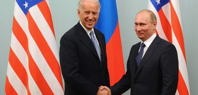 Встретится ли Путин с Байденом вживую: в Кремле объяснили формат встречи