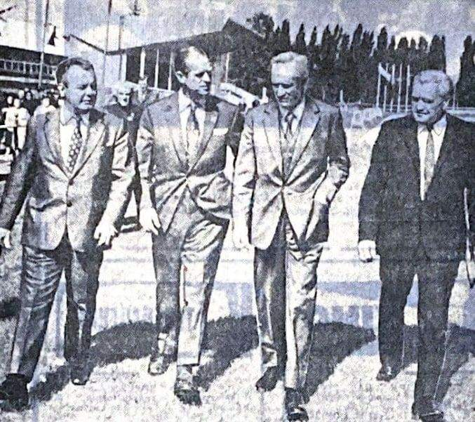 Принц Філіп (другий зліва) на ВДНГ