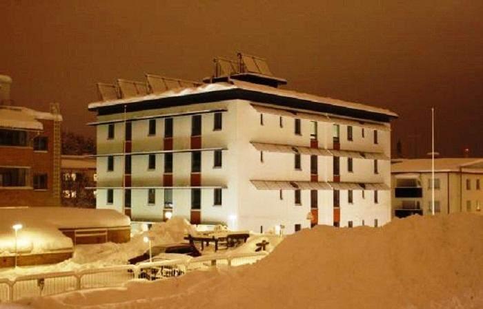 Такі будівлі досить складно створювати в умовах суворого клімату