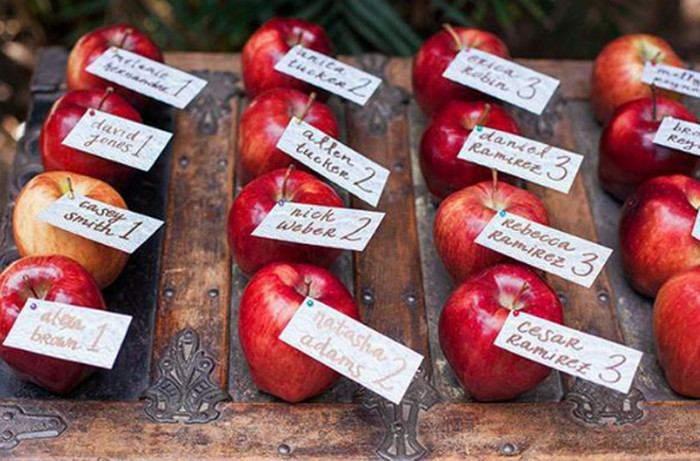 Підписане яблуко