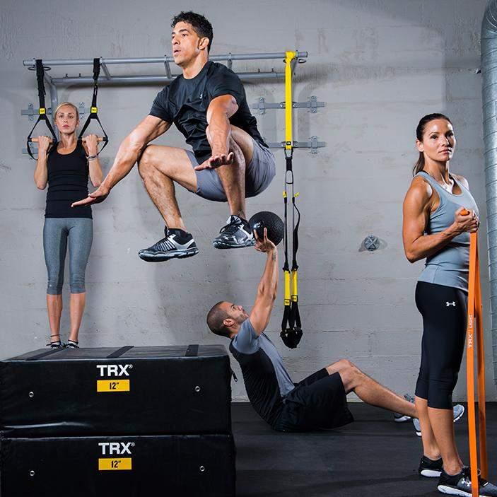 Тренування з петлями навантажує різні групи м'язів