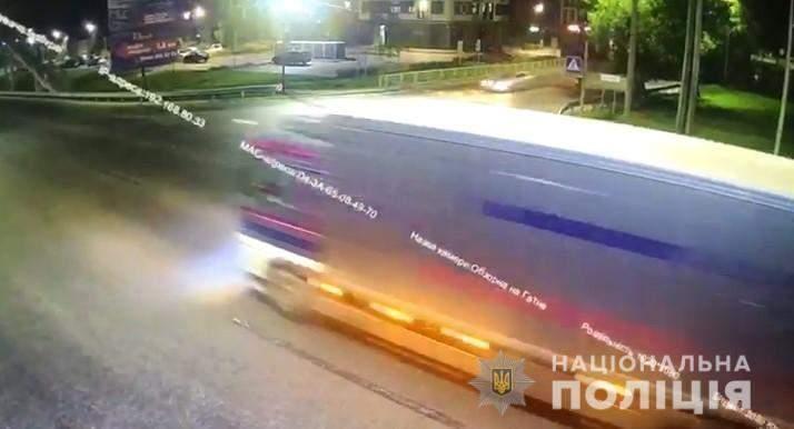 київ Поліцейський влетів у вантажівку 8 вересня 2021
