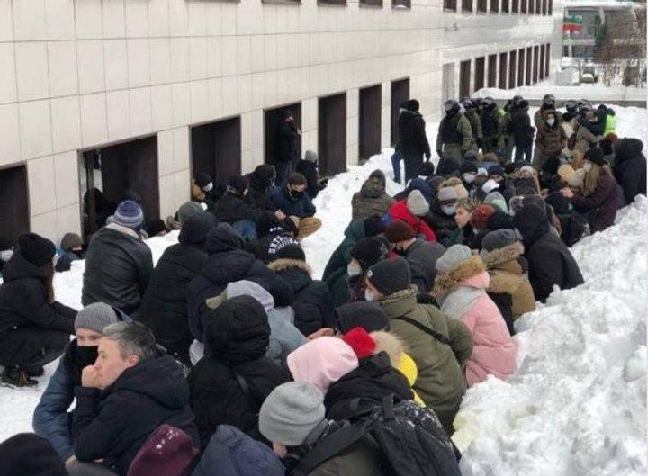 У Казані жорстоко затримали активістів 31.01.2021