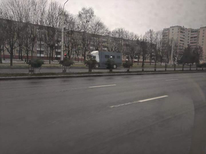 Автозак, Мінськ, протести, Білорусь, неділя, 13 грудня 2020
