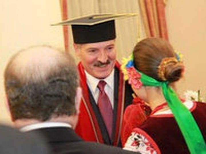 Лукашенко на врученні