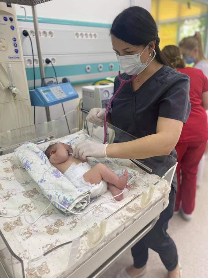 У Львові медики ОХМАТДИТу вилікували немовля від коронавірусу: фото