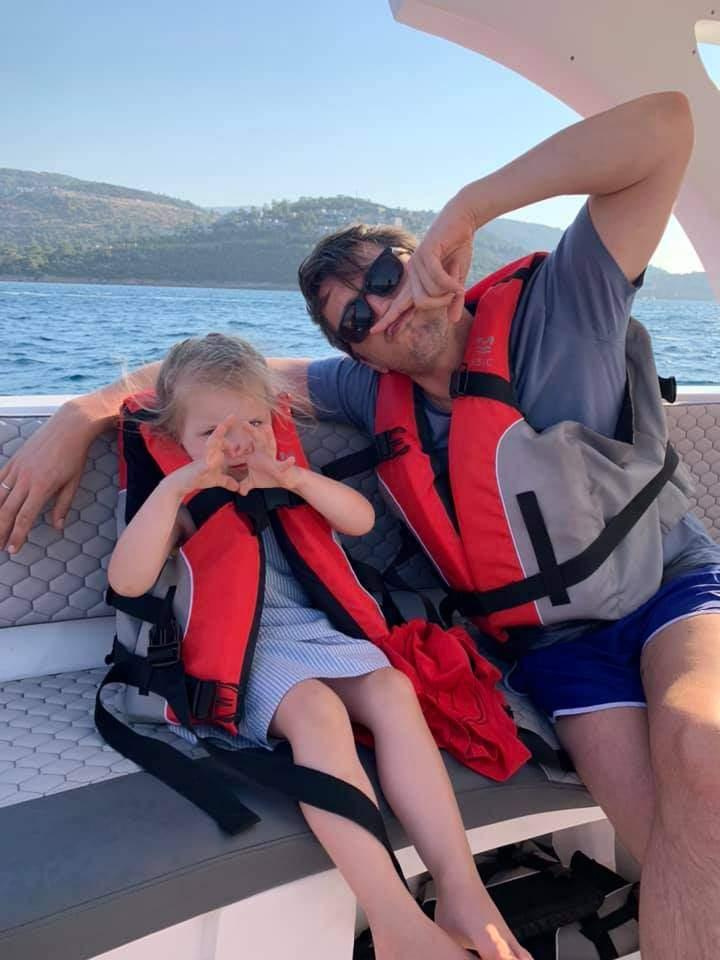 Сергій Притула на відпочинку з донькою