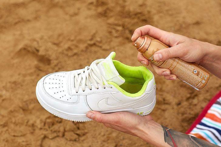Запах від кросівок