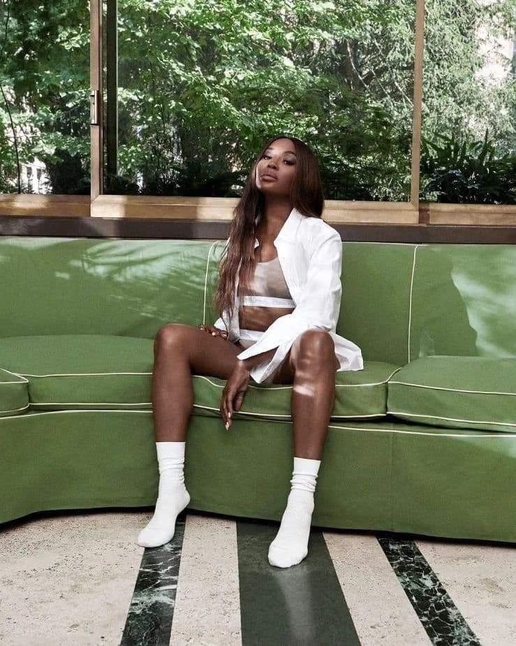 Наомі Кемпбелл у рекламній зйомці / Фото з інстаграму Calvin Klein