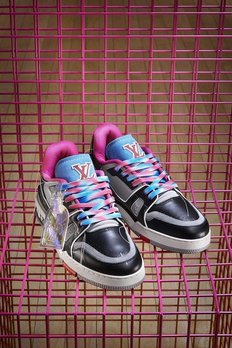 Стильні кросівки для чоловіків