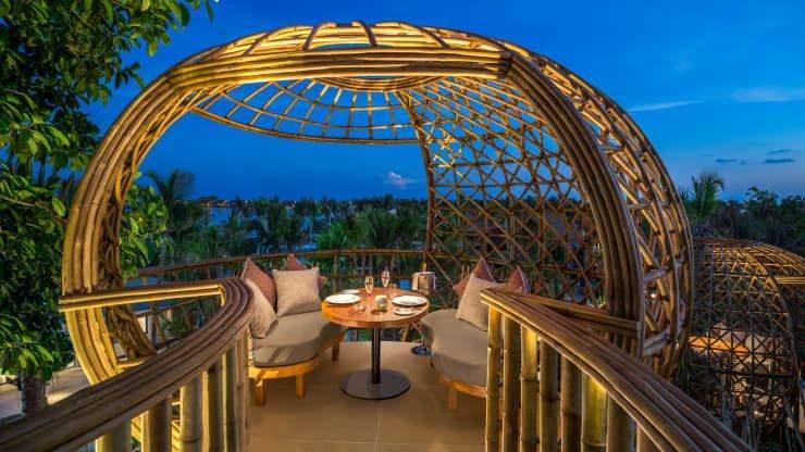 Бамбукові капсули на Мальдівах