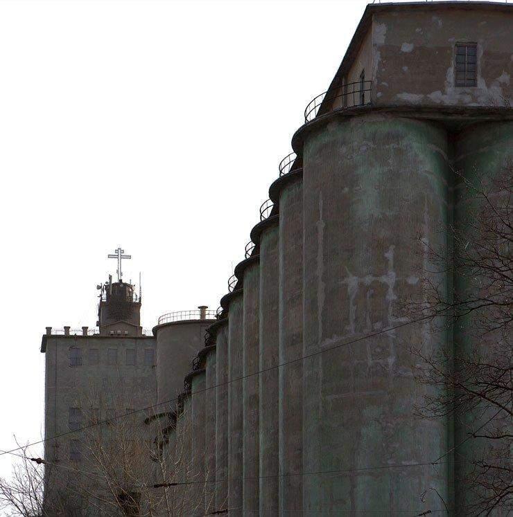 Зініціював будівництво храму саме власник елеватору / Фото Хмарочос