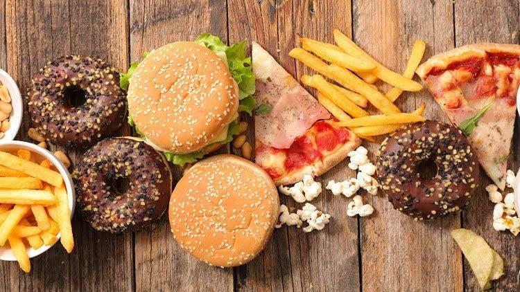Сочетание жирного и соленого провоцирует переедание