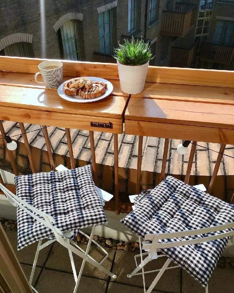 Як облаштувати балкон для відпочинку й роботи
