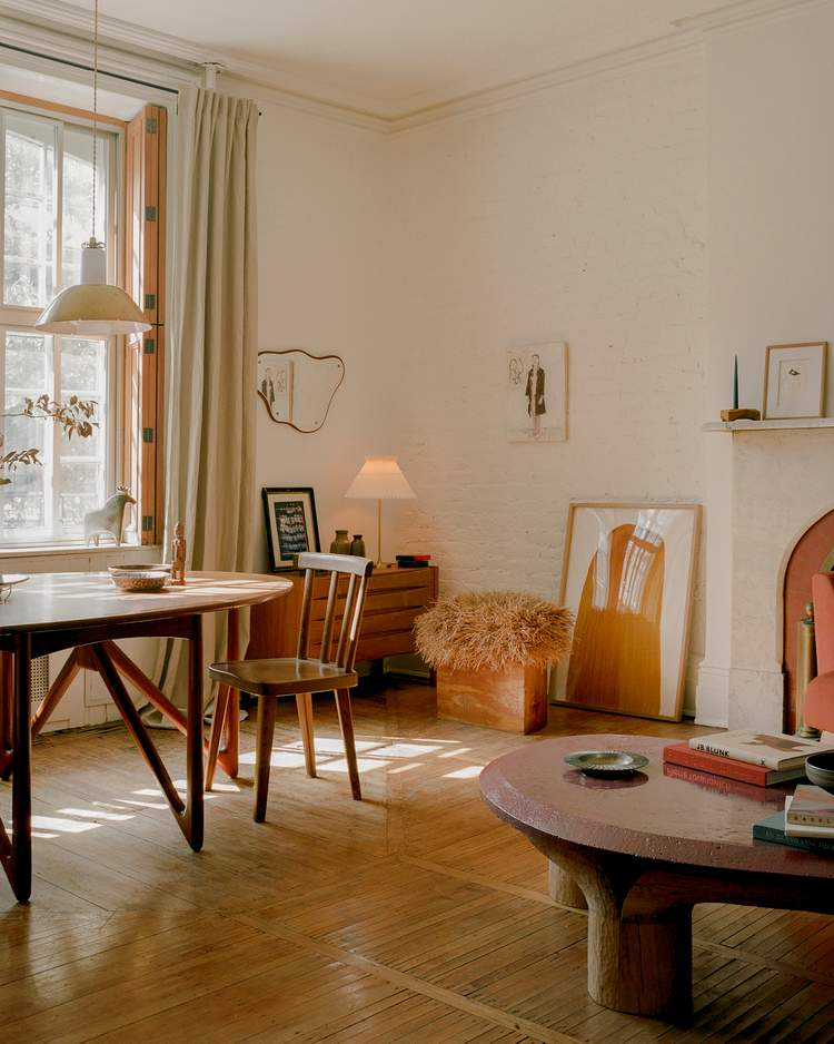 квартира з колекційними меблями