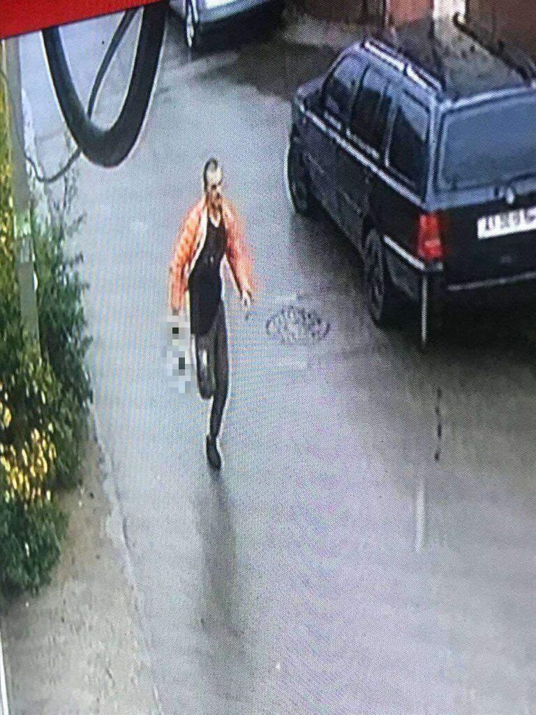 Бровари, напад на медсестру з ножем, чоловік утік, дитяча лікарня