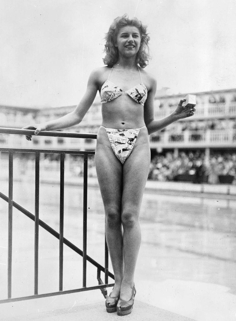 Мішелін Бернадіні у купальнику бікіні