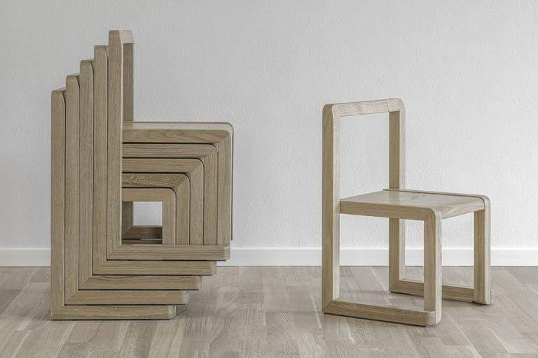 Стільці, виготовлені для дітей