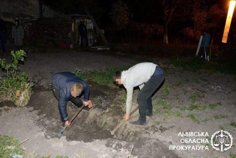 На Львівщині підлітки жортоко вбили свого знайомого через вигаданий борг: фото