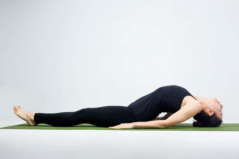Эта практика позволяет расслабить шею