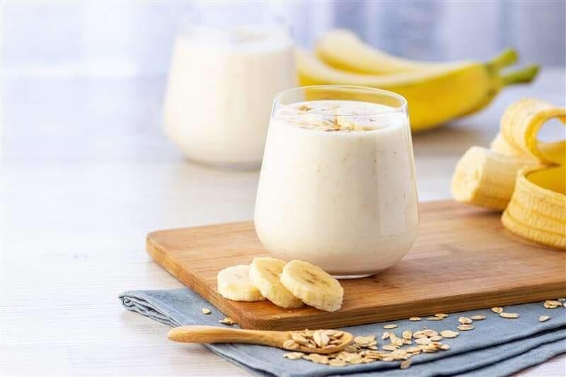 Банан і йогурт