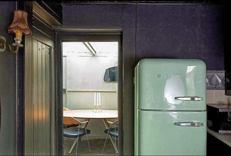 Холодильник в стилі