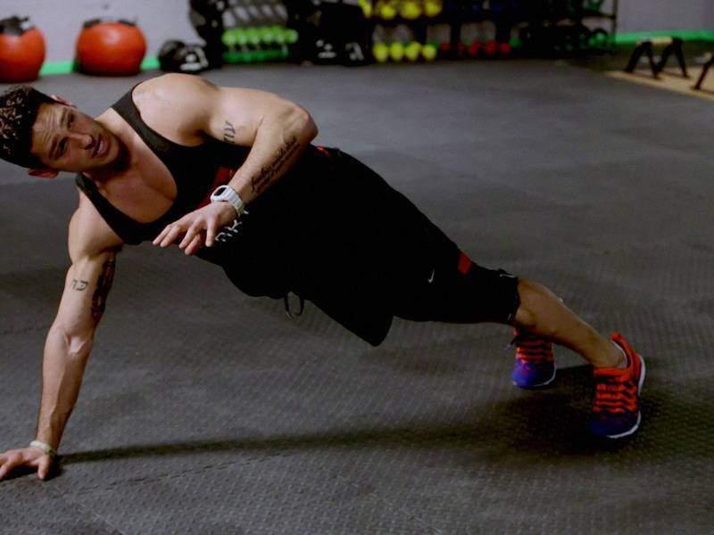 Спортсменам необходимо тренировать мышцы, распределяют нагрузку