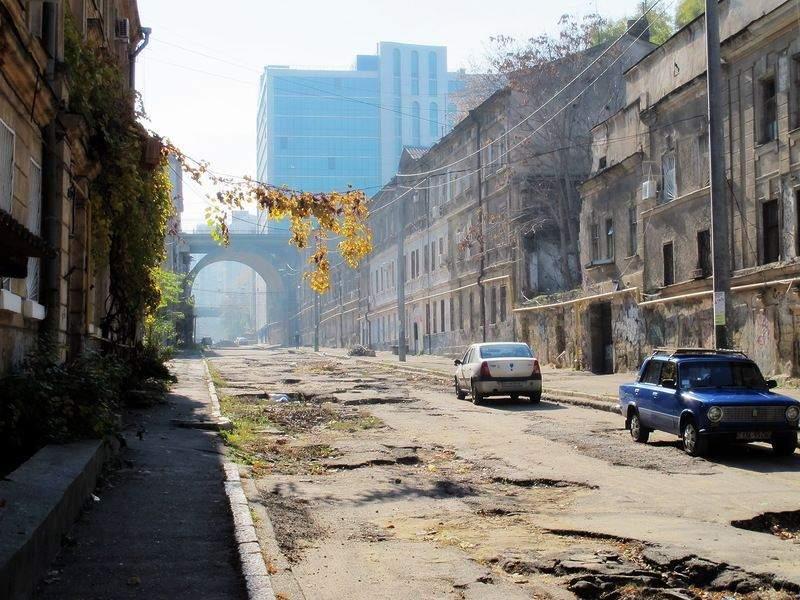 Деволанівський узвіз в Одесі подорожі Великдень цікаві небанальні місця