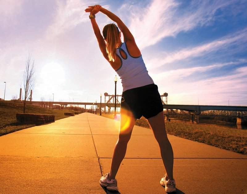 Ранкова гімнастика допомагає розігріти суглоби
