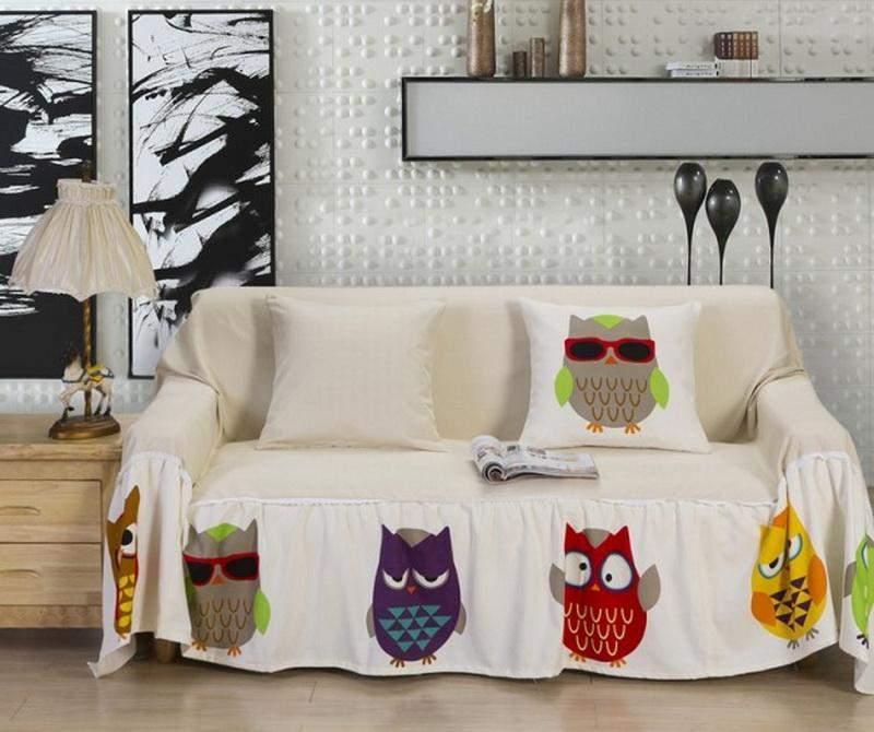 Попробуйте текстиль с необычными мотивами, почему бы нет?