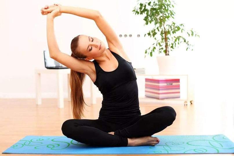 Плечі та шия сильно напружуються при стресі