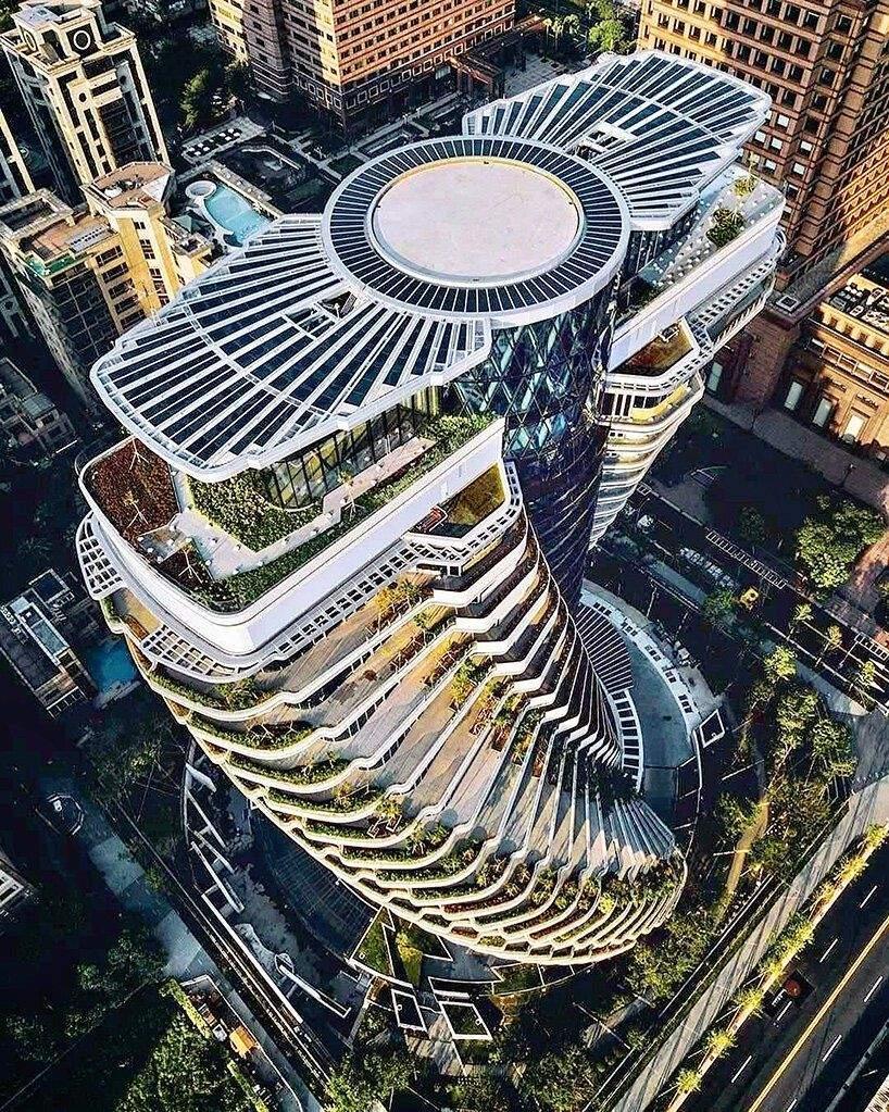 Неперевершена форма будівлі / Фото Designboom