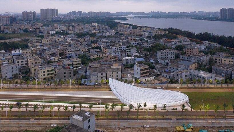Тунель перетинає річку Нанду / Фото Designboom