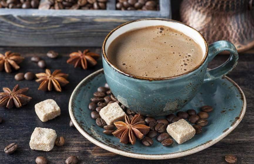 Потрібно зважати на те, що у каві з молоком досить багато калорій