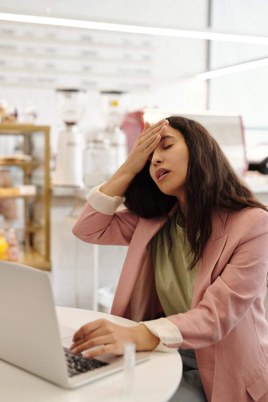 Головний біль - головний симптом струсу мозку