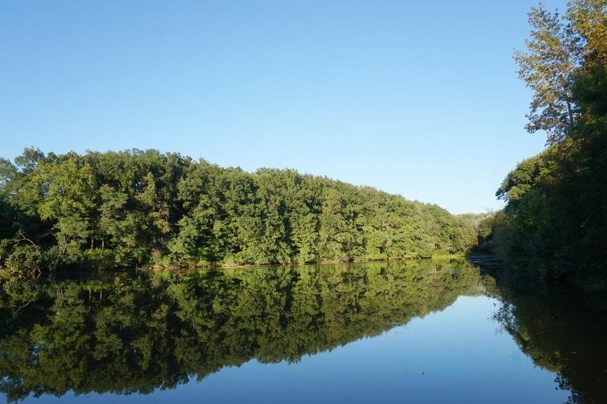 Озеро в Диканці