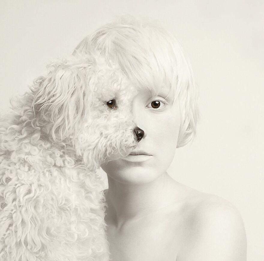 Портрети з очами тварин: неймовірна фотосесія від угорської художниці
