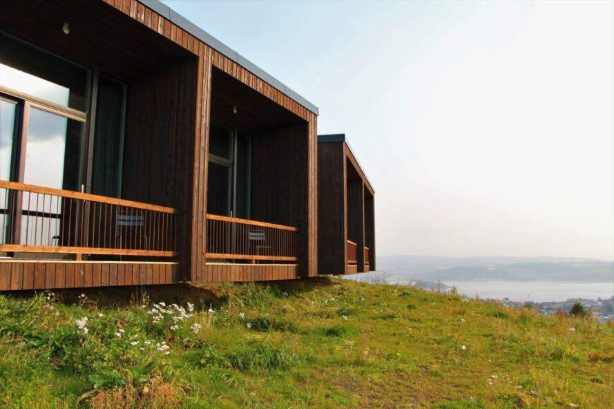 Номери готелю уванічані зеленими дахами  / Фото Inhabitat