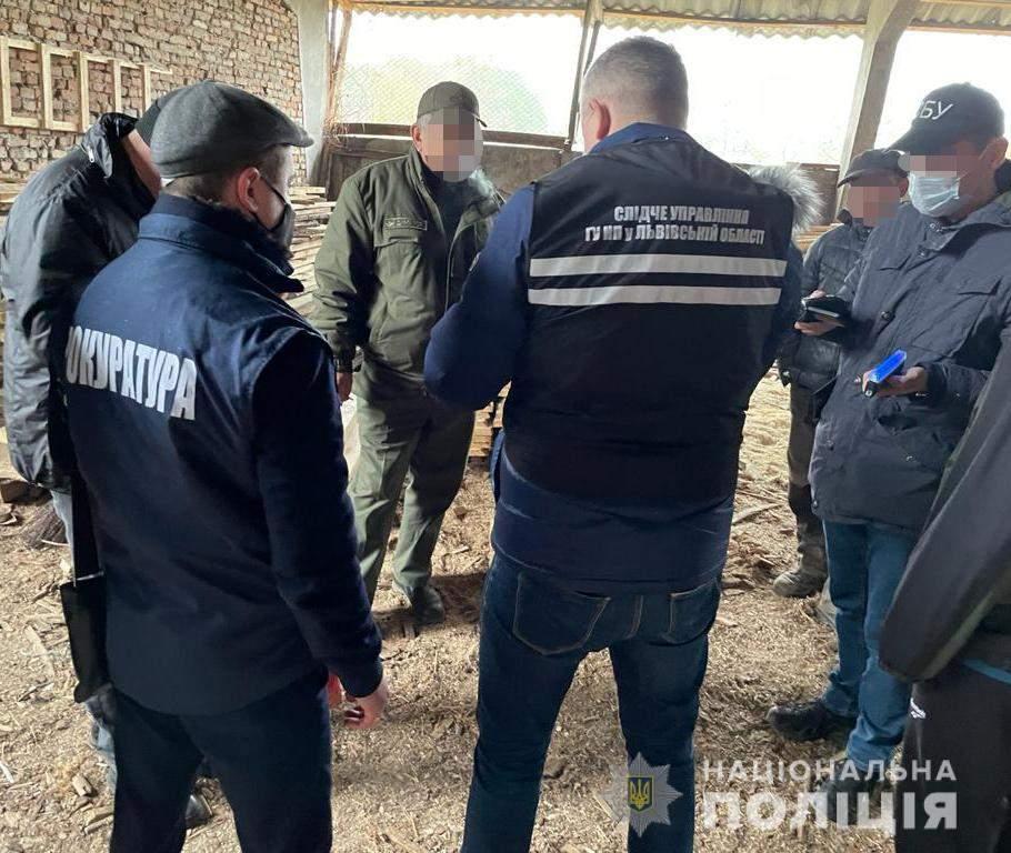 СБУ затримала на хабарі голову одного з лісгоспів Львівщини: фото