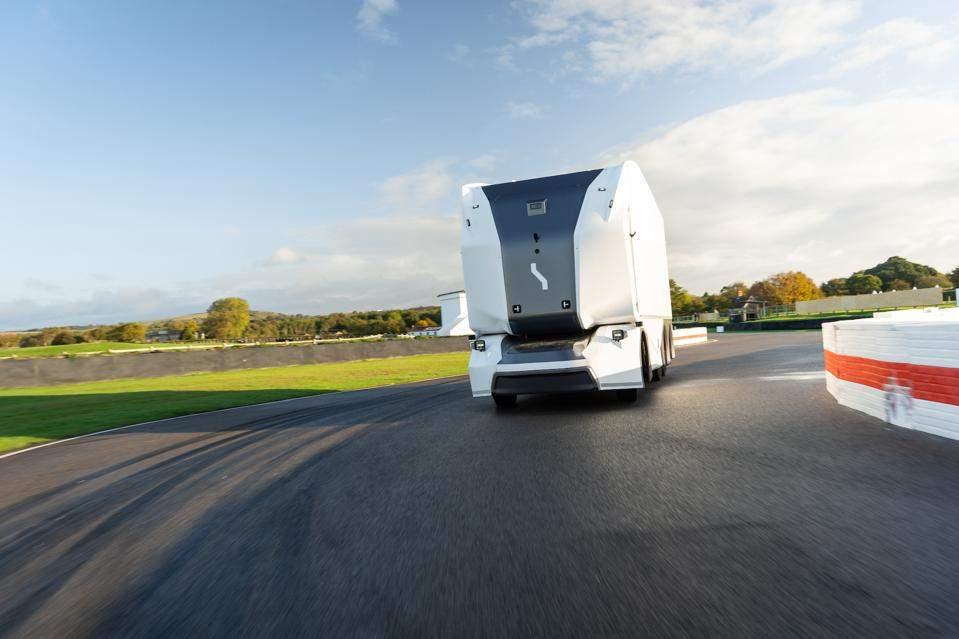 Електровантаживка Pod является конкурентом Tesla
