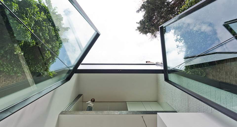 Скляний фасад таунхаусу/ Фото Сoolist