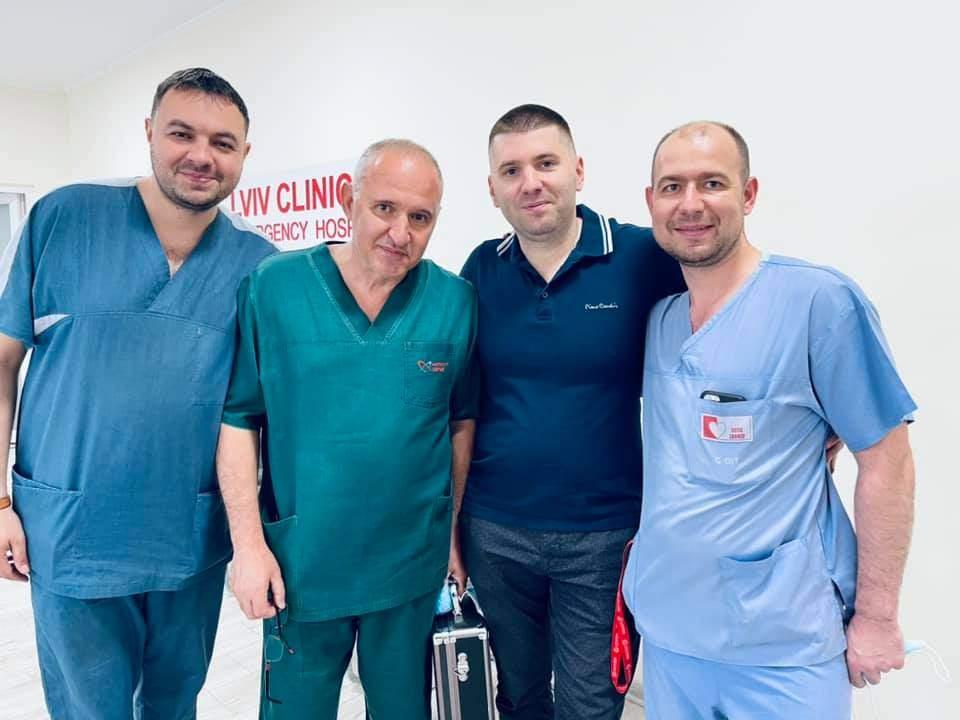 Врятував життя 3 людям: у Львові провели трансплантацію серця та нирок від одного донора – фото