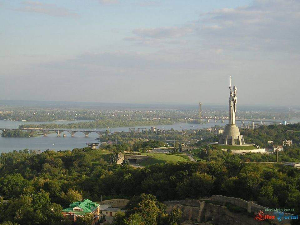 Вид на Лівий берег, Київ, 30 років Незалежності, як змінився Київ за 30 років
