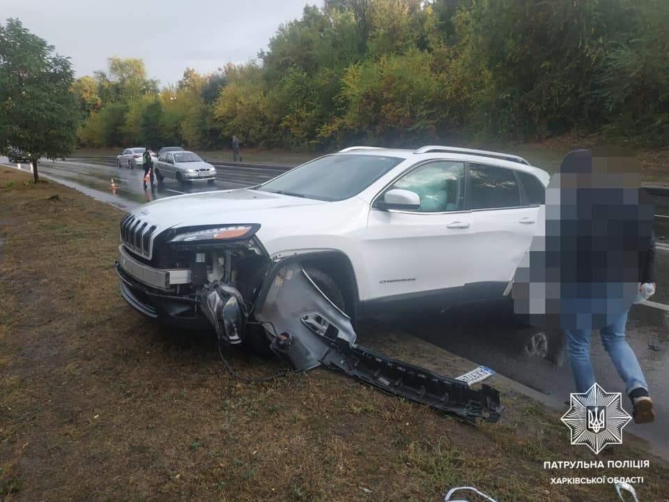 У Харкові зіткнулися 4 автомобілі