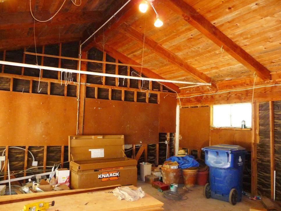Фото до ремонту в гаражі