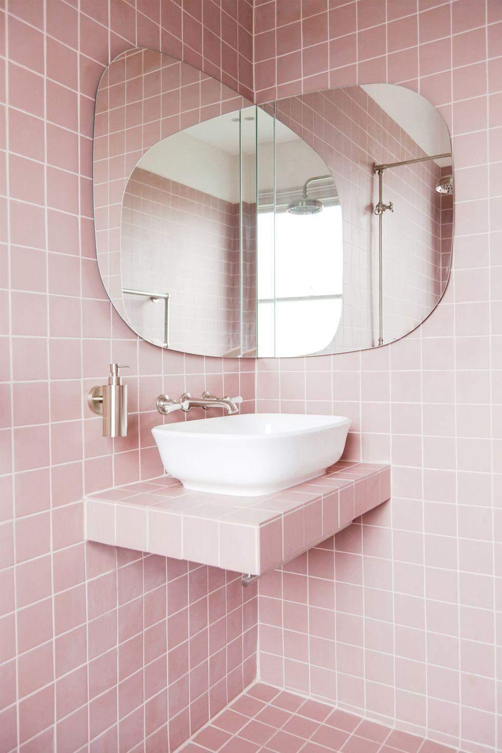 Як освіжити ванну кімнату: 10 оригінальних дзеркал для будь-якого стилю